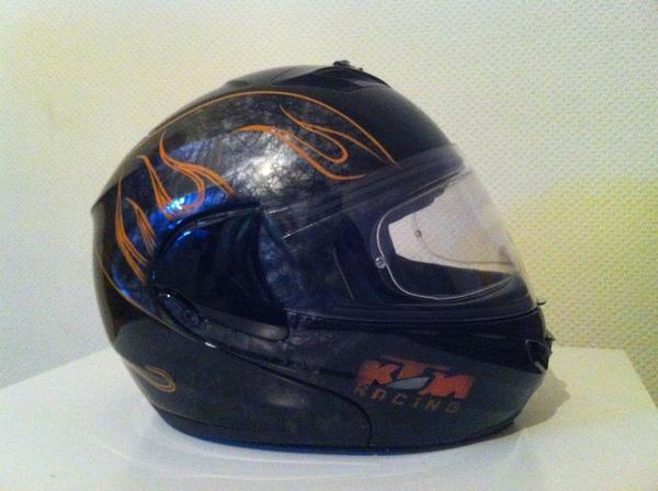 Аэрография на шлемах suomy KTM Racing