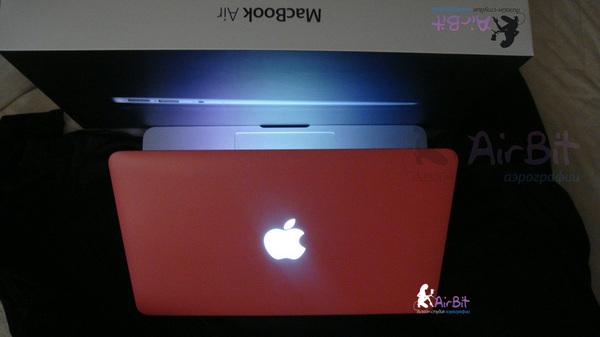 Розовый macbook